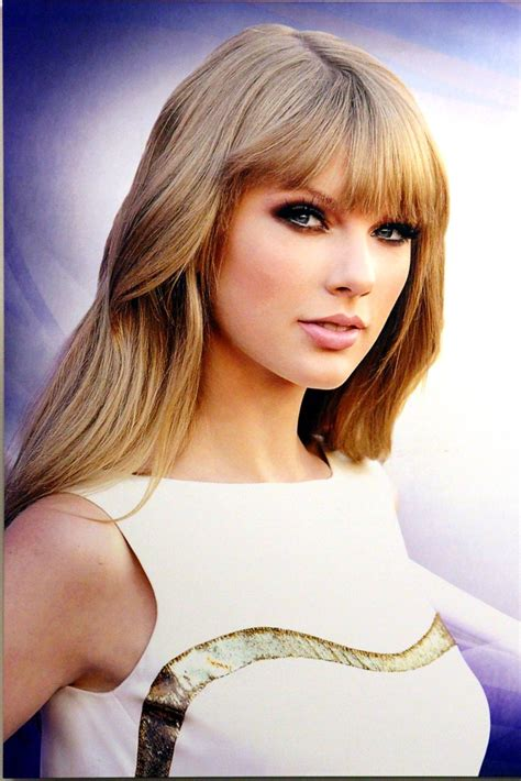 taylor swift country  hall  fame  town