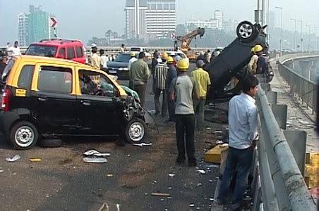 mumbai car crash 1 killed in on bandra worli sea link