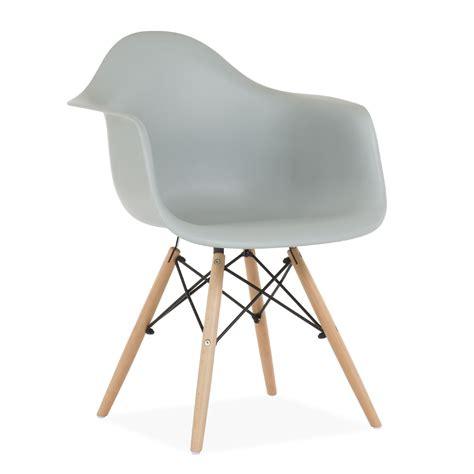 sillas dimero silla dimero dise 241 o sencillo y funcional