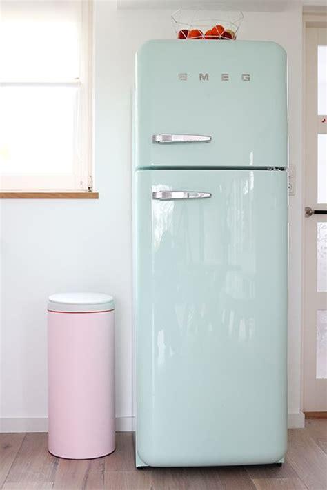 smeg prullenbak 25 best ideas about smeg fridge on pinterest mint