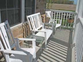 porch furniture 301 moved permanently