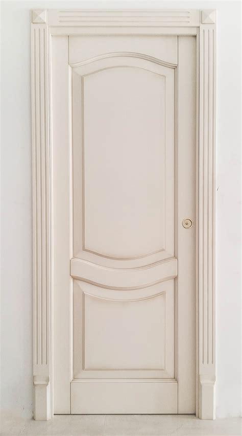 decorazioni porte interne decori per porte interne in legno idea creativa della