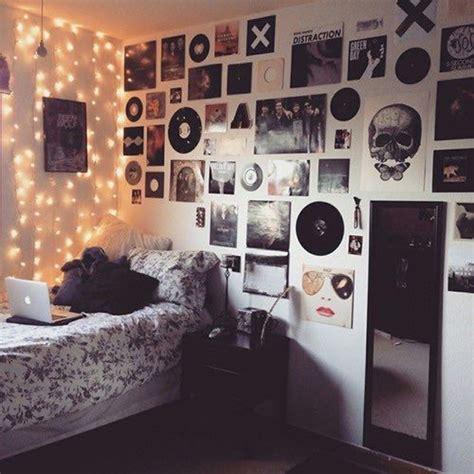 hipsters  grunge bedroom lighting