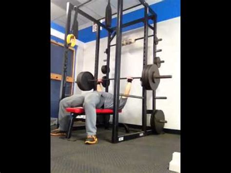 pause reps bench press 325 pounds pause rep bench press for 7 reps by 16 year old youtube