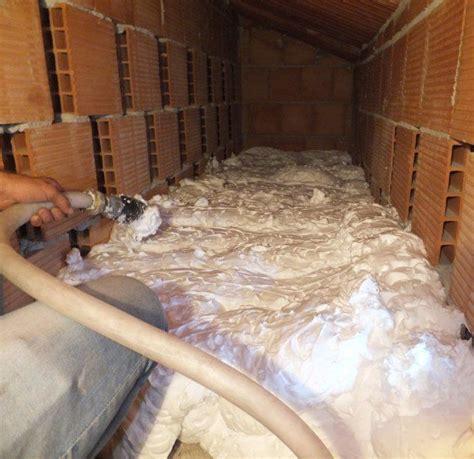 isolazione acustica soffitto insufflaggio schiuma isolante per isolamento termico