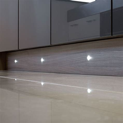 puro led  plinth light