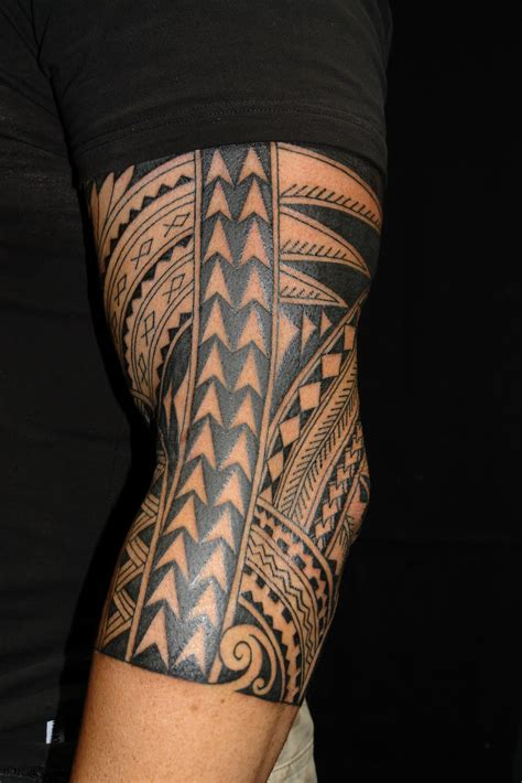 tropical quarter sleeve tattoo maori polynesian tattoo polynesian half sleeve