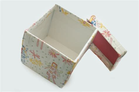 How To Make A Box With Lid Out Of Paper - diy fabric covered boxes