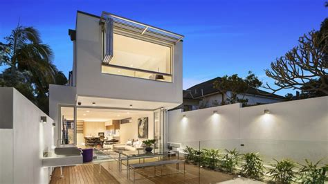 buy house with granny flat how much value does a granny flat add to a property