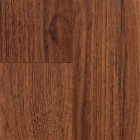 pergo xp esperanza oak laminate flooring 5 in x 7 in take home sle pe 6317238 the home