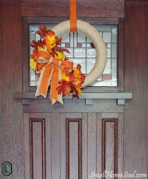 front door diy fall wreath allfreeholidaycrafts com