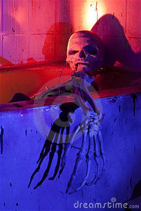 scary bathtub scary skeleton in bathtub stock photos image 21309363