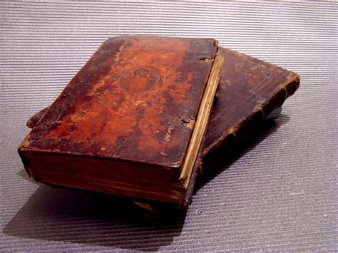 facts and fictions of classic reprint books file oldbooks jpg wikimedia commons