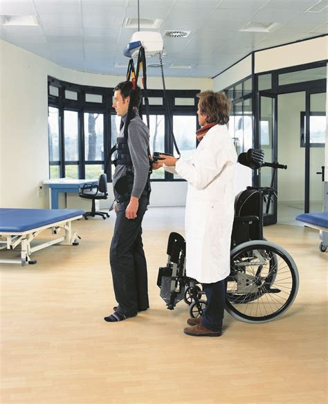 sollevatori per disabili a soffitto sollevatori per disabili sollevatori a soffitto