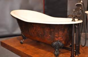 Bear Claw Bathtubs Real Value 187 Decorating With A Clawfoot Tub
