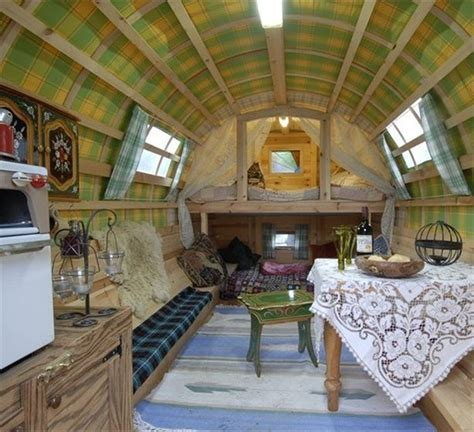 Vardo Interior by Gorgeous Vardo Wagons Sca And Costuming Misc Craft