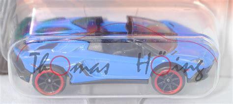 lamborghini aventador sv roadster majorette lamborghini aventador lp 750 4 superveloc 233 sv roadster mod 15 blau majorette 1 64 mb