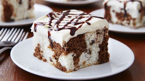 Strawberry Duts chocolate chip marble cake recipe from betty crocker
