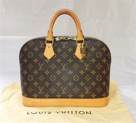 authentic louis vuitton monogram alma hand bag purse  lv