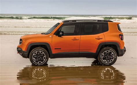 jeep nissan comparison jeep renegade 2017 deserthawk vs nissan