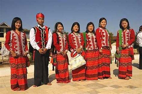 dresses of assam | traditional assamese costumes holidify