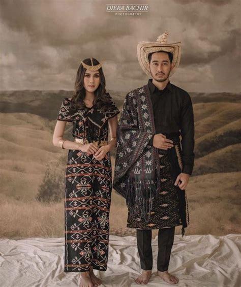 Baju Adat Jawa Timur Cowok khidmatnya sesi prewedding menggunakan pakaian adat daerah 16 inspirasinya ini bikin terperangah