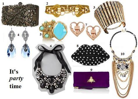 Kalung Burung Bunga Jilbab Panjang Sumni Fashion tips yang benar dalam mengenakan aksesoris kalung sikha