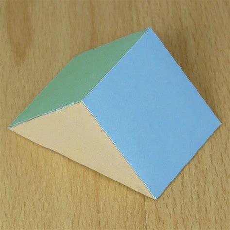 Rectangular Prism Origami - paper triangular prism