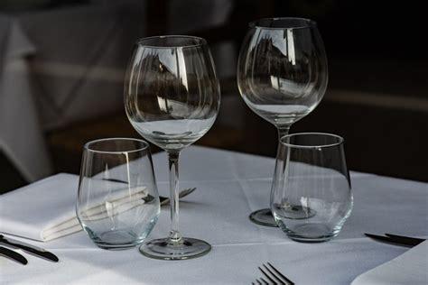 Savoir Vivre à Table by Politesse 224 Table 3 Verres 224 Table Apprendre Les Bonnes