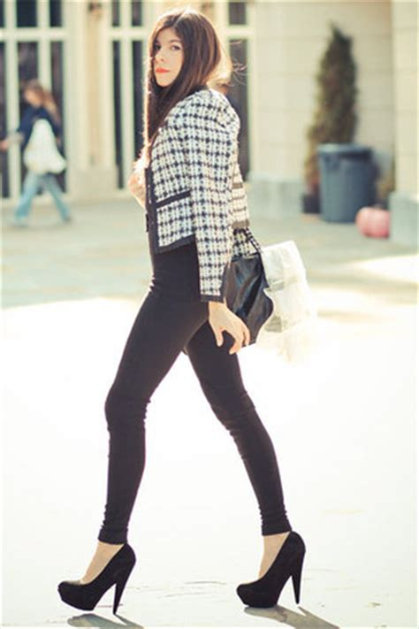 Legging Denim Jumbo chanel how to wear and where to buy chictopia