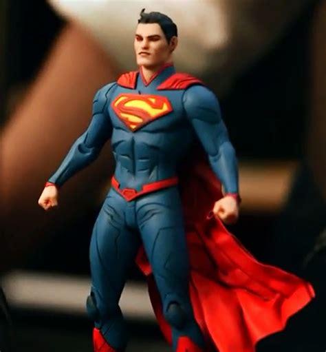 Mainan Figure Superman Seri Jae vista previa de la figura de dc collectibles de superman