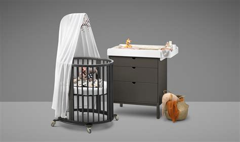 stokke mini crib the oval crib stokke 174 sleepi loved by parents