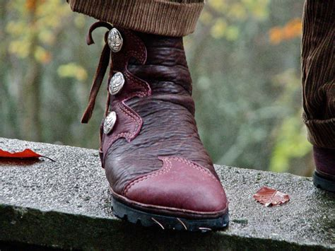 Mens Handmade Moccasins - elven buffalo moccasin s leather boots