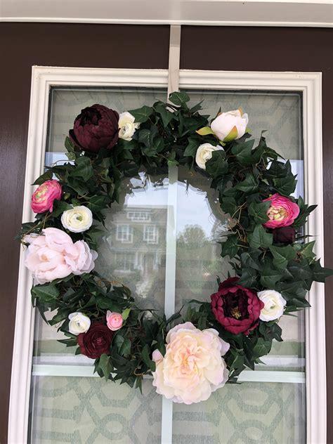 decided    wedding flowers    nice wreath