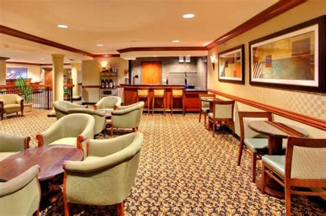 priority club inn priority club reception bar picture of inn