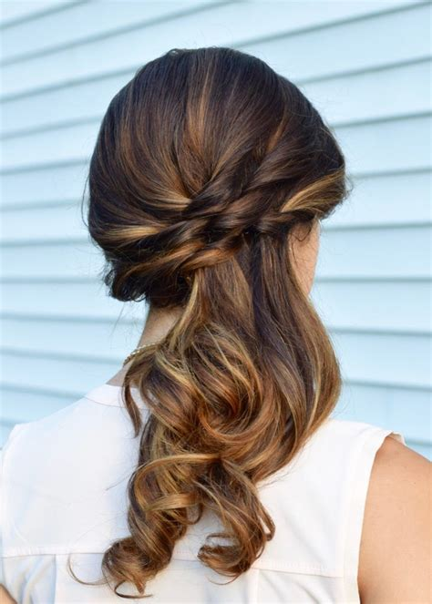 To The Side Hairstyles by 25 Best Ideas About Side Ponytail Hairstyles On