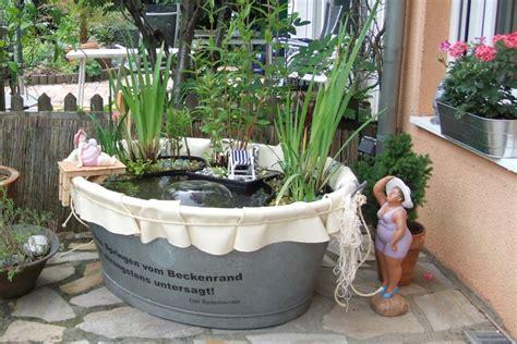 Wie Lege Ich Einen Garten An by Ein Gartenteich In Einer Blechwanne