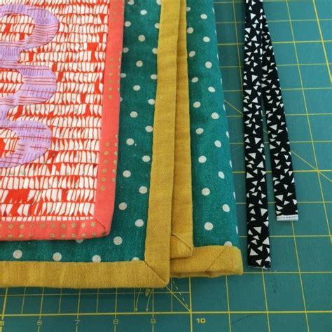 Finishing Quilt Binding By Machine by Binding And Finishing Quilts The Top Quilting Studio