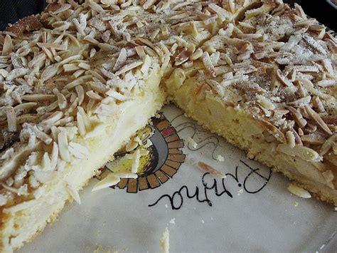 zwetschgen apfel kuchen b 246 hmischer zwetschgen oder apfelkuchen rezept mit bild