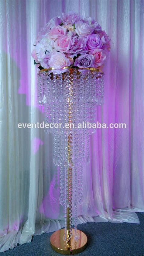 wedding decoration gold chandelier table
