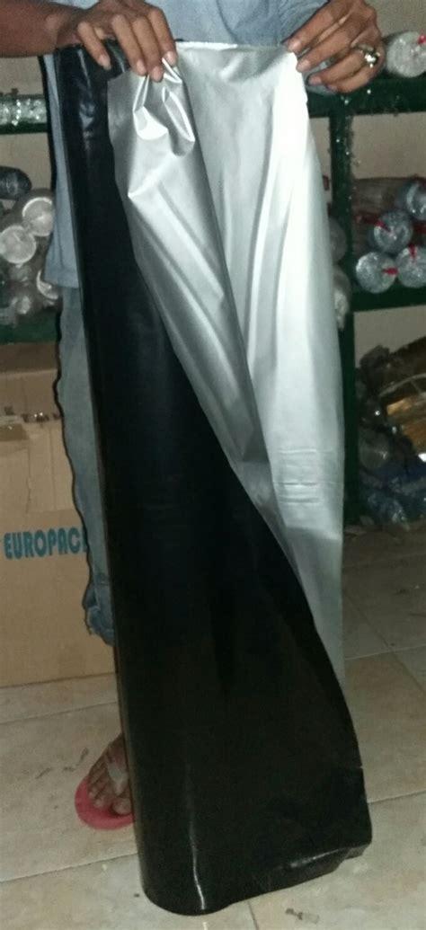 Plastik Mulsa Hitam Perak plastik mulsa hitam perak lebar 290cm tebal 0 10 mm