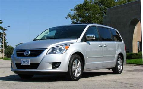 Volkswagen Routan 2014 Price by Used 2010 Volkswagen Tiguan Suv Features Specs Edmunds