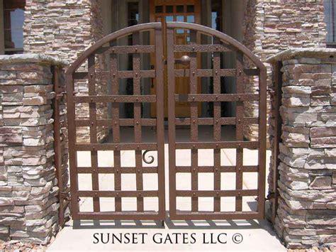 Sunset gates courtyard gate 517 sunset gates
