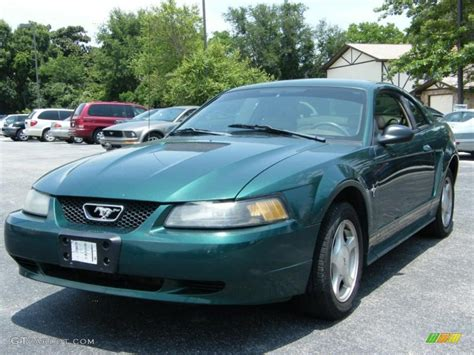 2001 mustang coupe 2001 highland green ford mustang v6 coupe 33081169