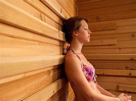 steam room benefits 12 wondrous perks of steam room sauna therapy