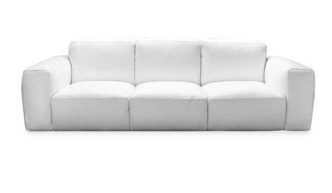 come pulire divani in pelle come pulire un divano in pelle consigli pratici su