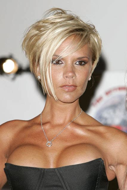victoria beckham in honey blonde hair pic victoria beckham hair style file platinum blonde in