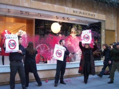 Peta Burberry by Burberry Protest Peta