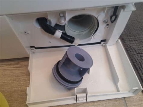 Waschmaschine Richtig Reinigen by Flusensieb Reinigen Wie Sie Das Sieb Einer Waschmaschine