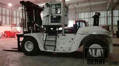 Rent Forklift 3 Ton Murah Surabaya heavy forklift 25 ton murah surabaya promo